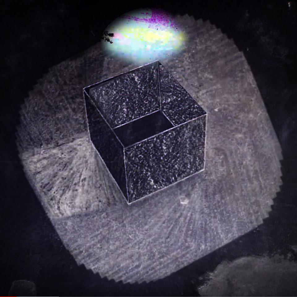 Monolithe Noir – Wave Flotation